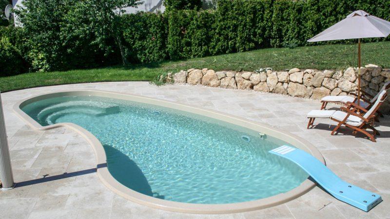 polyester pools von wallnerpool aus sterreich. Black Bedroom Furniture Sets. Home Design Ideas