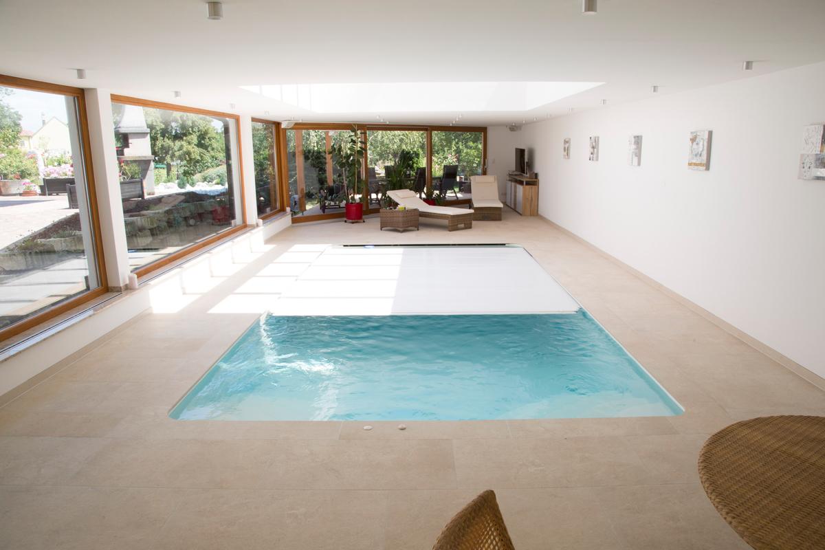 Indoorpool FUN 30 mit einseitigem Überlauf ~ Pools und ...
